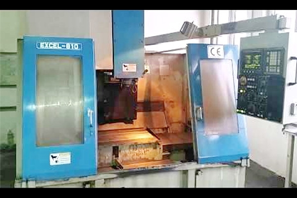 CNC Vertical Machining Center Model : EXCEL 810